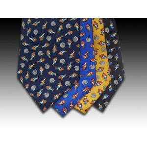 Tropical fish design printed silk tie